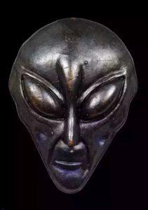 阿赞蒙 外星脸