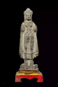 200-300年的阿育塔亚风格 成愿立佛