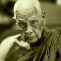 龙婆炎师傅于今日06:40分圆寂 享年102岁